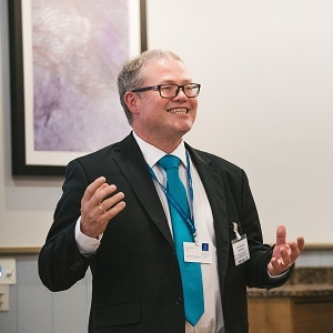 Professor Martin Gilje Jaatun